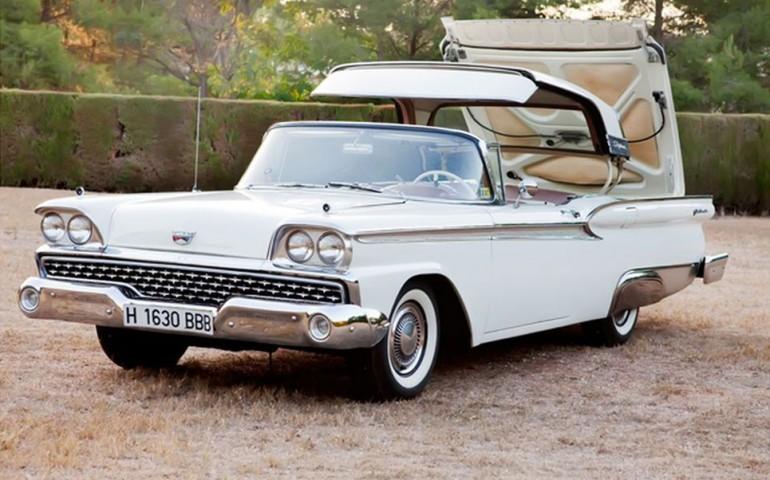 1959 Ford Skyliner - alquiler coches antiguos bodas Valencia