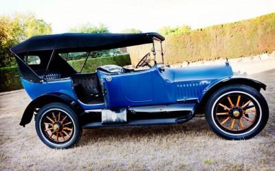 1915 Cadillac Tourer en coches clásicos para bodas