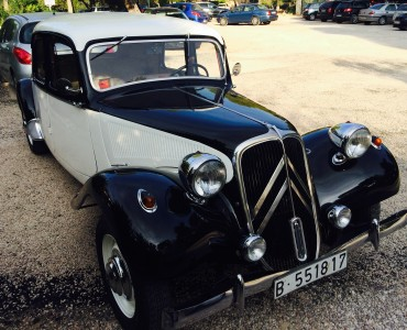 1940 Citroen 11 - Coches antiguos alquiler Events Cars